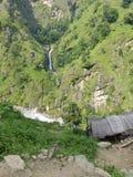 Poca cascata nel Nepal Fotografie Stock Libere da Diritti