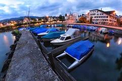 Poca ciudad del richterswil en Suiza imagen de archivo