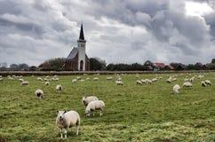 Poca iglesia Fotos de archivo libres de regalías