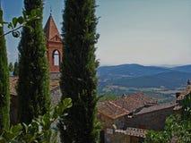 Poca iglesia en Civitella en Italia foto de archivo