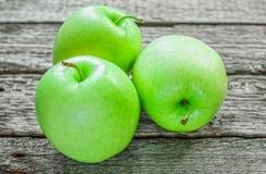 Poca manzana verde Fotos de archivo libres de regalías