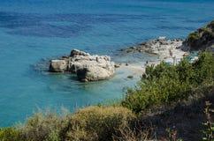 Poca spiaggia di Xigia in Zacinto fotografie stock libere da diritti