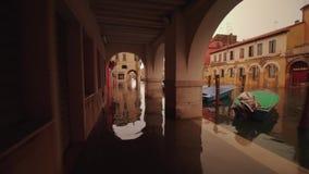 Poca Venezia Chioggia con le vie sommerse archivi video