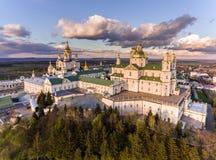 Pochaev修道院,东正教, Pochayiv拉夫拉,乌克兰鸟瞰图  库存图片