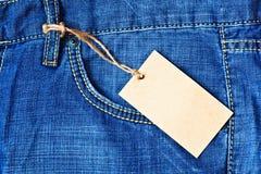 Poche de jeans avec l'étiquette blanc Image libre de droits