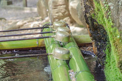 Poche de l'eau au pavillon de purification photographie stock libre de droits
