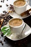 Poche tazze di cappuccino Immagine Stock