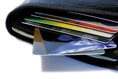 Pochette avec des cartes de crédit Photos stock