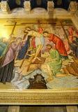 Pochodzić Jezus od krzyża mozaika zdjęcia stock