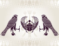 Pochoir égyptien de Horus et de scarabée Photo stock