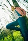 pochylona kobieta Fotografia Royalty Free