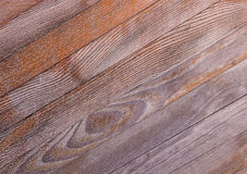 Pochylona tekstury przekątna wsiada z wzorem roczni pierścionki stały drewno Fotografia Stock
