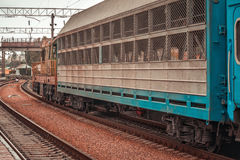 pociąg iść na ukraińskich kolejach Obrazy Stock