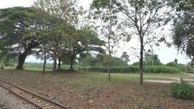Pociąg Nam Tok opuszcza Tha Kilen dworzec Birma kolej zbiory wideo