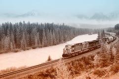 Pociąg towarowy kanadyjczyka Pacyfik kolej obraz royalty free