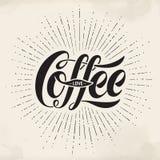 Pociągany ręcznie literowania wpisowa Kawowa miłość na akwareli tle Typograficzny i kaligraficzny Fotografia Royalty Free