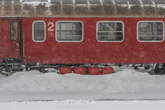 Pociągi opóźniający podczas zimy obraz royalty free