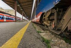Pociągi przy stacją Fotografia Stock