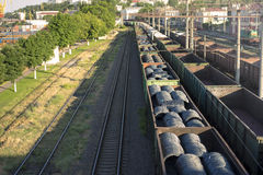 Pociąg na kolei Zdjęcia Stock