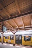 Pociąg na platformie Obrazy Stock