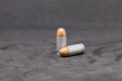 Pociska pistolet odizolowywający na czarnym tle Zdjęcie Stock