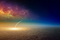 Pociska wodowanie, widok z lotu ptaka bierze daleko astronautyczny wahadłowiec zdjęcie stock
