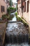 poco canale in villaggio alsaziano tradizionale di Barr Fotografia Stock