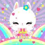 Poco conejito blanco lindo con una torta en el arco iris Mundo mágico Cumpleaños Tarjeta de felicitación El cartel de los niños Fotografía de archivo