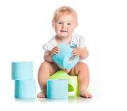 Poco fare da baby-sitter su un vaso Fotografie Stock