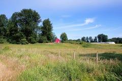 Poco granero rojo Imagen de archivo libre de regalías