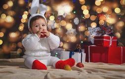 Poco muchacho de la Navidad Fotos de archivo libres de regalías