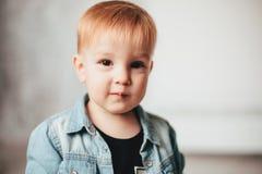 Poco muchacho del redhead Imagen de archivo libre de regalías