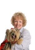 Poco perro y mama rojos del montar a caballo Fotos de archivo libres de regalías