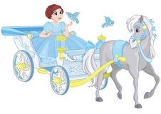 Poco princesa en carro real imágenes de archivo libres de regalías