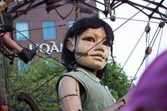 Poco ragazza-gigante a Montreal, Quebec Fotografia Stock Libera da Diritti