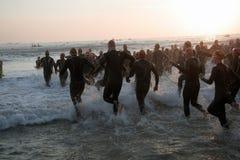 Triathlon początek Obrazy Royalty Free
