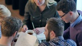 Początkowy różnorodności pracy zespołowej planowania i działania projekt zbiory