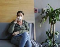 Początkowa Biznesowa Pije kawa Podczas Biurowego przerwa czasu Fotografia Royalty Free