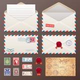 Poczta koperta, majchery, znaczki, pocztówka Fotografia Stock