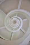 Pod biel spirali schody Zdjęcie Stock