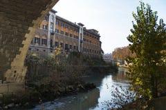 Pod mostem Fabricius w Rzym Fotografia Stock