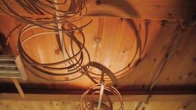 Pod podsufitowymi zrozumienie obręczami dla bębenów robić drewno zbiory