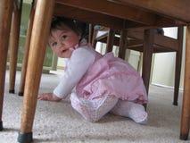 Pod stołem Obrazy Stock