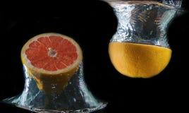 pod zamkniętą wodą zamknięta pomarańcze Fotografia Royalty Free