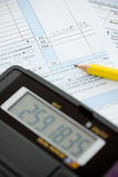 Podatki: Obliczać Out dochód Dla roku Fotografia Royalty Free