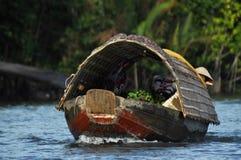 O mercado de flutuação do Cai Rang, pode Tho, delta de Mekong, Vietnam Foto de Stock Royalty Free
