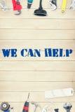 Podemos ayudar contra las herramientas en fondo de madera