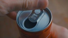 Poder de soda no marcada de apertura de cola efervescente con el sonido almacen de video