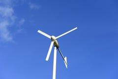 Poder del molino de viento Imágenes de archivo libres de regalías