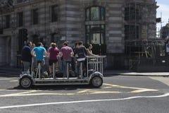 Poder del pedal en Londres imágenes de archivo libres de regalías